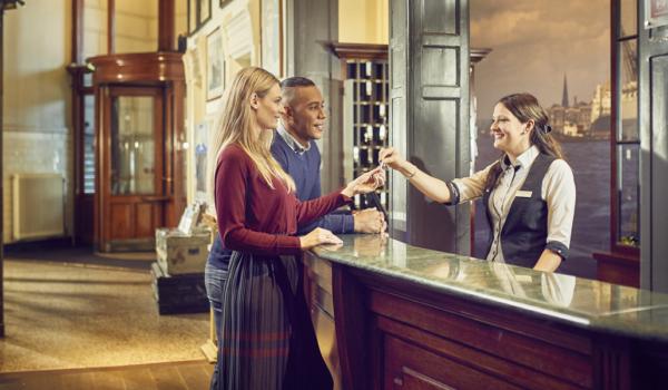 Hotel-NewYork-Rotterdam-receptie-1
